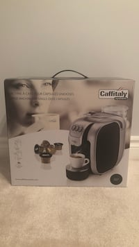 Caffitaly coffee machine BRAND NEW! With 12 coffee capsules Mississauga, L5B