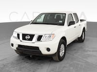 2019 Nissan Frontier Crew Cab pickup SV Pickup 4D 5 ft White <br