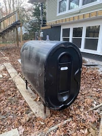 250 gallon oil tank with 100 gallons of oil or can have empty