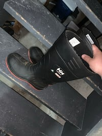 Helly hansen steal toe rubber boots