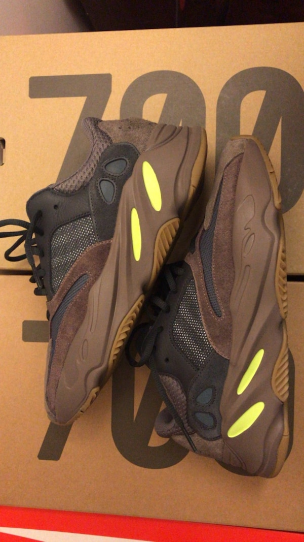 "online retailer 9f5ab 030fe Used Adidas Yeezy 700 ""MAUVE"" for sale in Elmwood Park ..."