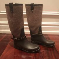 Ugg winter rain boots with fur on the inside at the bottom King, L7B