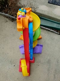 Kids toy ramp with cars Leesburg, 20175