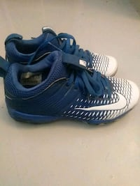 Youth cleats Carson