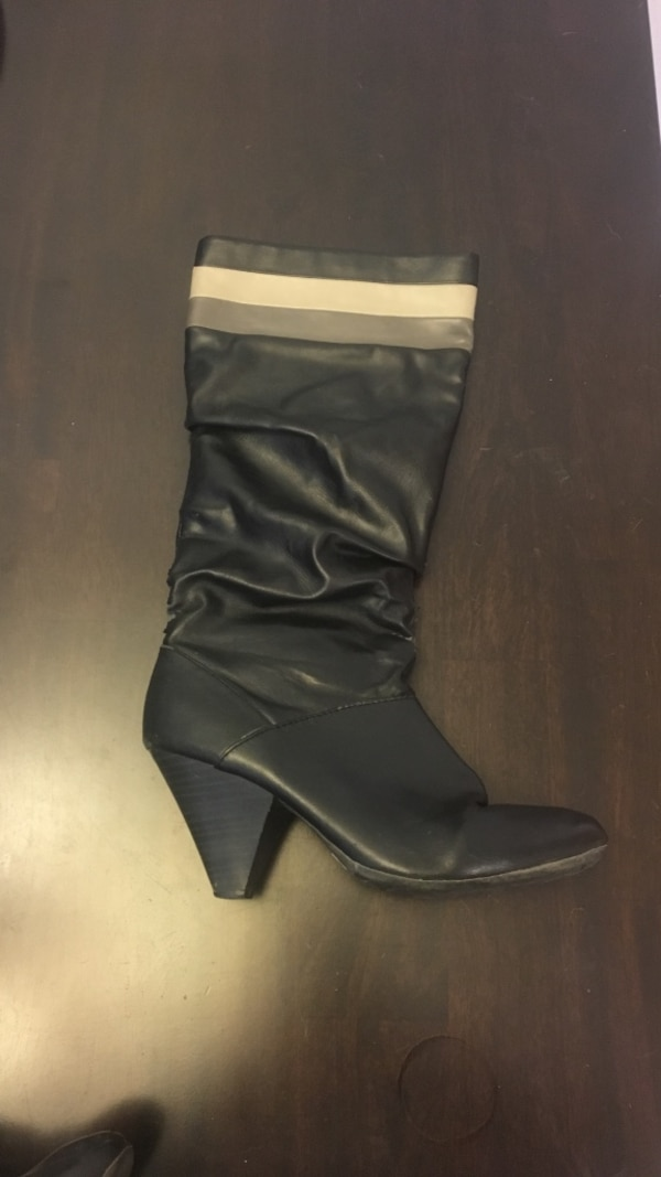ed8e6b802bf3 Used black and grey leather cone heel knee high boot for sale in Nanaimo