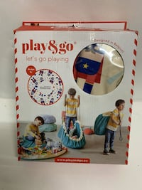Play and Go 2 in 1 Storage Bag and Playmats