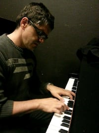 Piano lessons Vaughan
