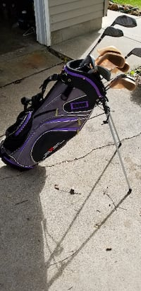 Women's golf club set and bag DeForest