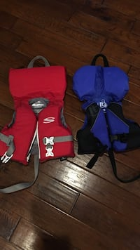 Infant life jackets- us coast guard approved for kids two sizes