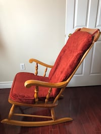 Wooden Rocking chair Pickering, L1V 6H1