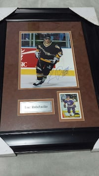 Luc Robitaille signed framed photo Toronto, M1M 1R1
