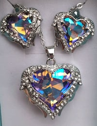 Luxury multi colored wings locket necklace and earrings