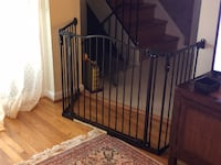 Baby Safety Gate in great condition 15 mi