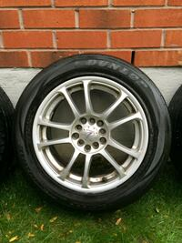 multi-spoke car rims with tire