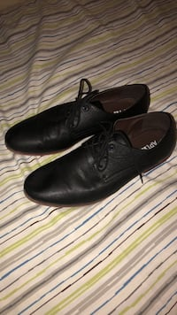 Pair of black leather dress shoes Escondido, 92026