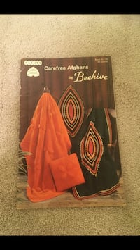 Patrons Carefree Afghans Vintage Knit & Crochet Pattern Book.