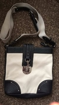 white and black leather shoulder bag Murfreesboro, 37130