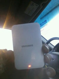 External battery and charger samsung s4 Regina, S4T 1Z3