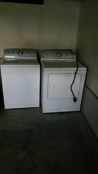 Whirlpool washer and dryer set East Berlin, 17316