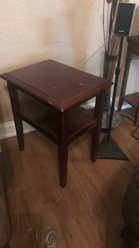 Brown wooden 2-layer side table Gulfport, 39503