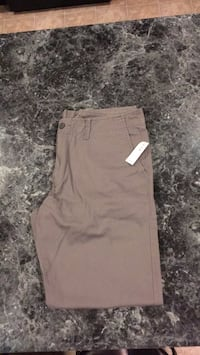 Old Navy 33-32/new with tags Inwood, 25428