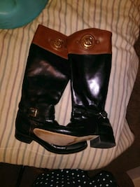 Authentic Michael Kors boots  Winterville, 28590