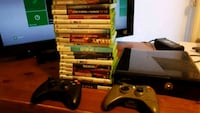 Xbox 360 console with controller and game cases Whitchurch-Stouffville, L4A 1Y3