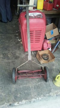 red reel lawn mower Warren, 44483