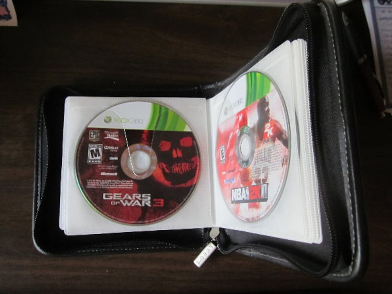 16 XBOX 360 Live Disks/Games 0