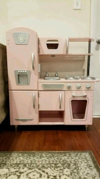 KidKraft® - Pink Vintage Kitchen Fairfax, 22033