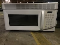 white General Electric microwave oven Los Angeles, 90046