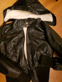Small Black Bomber Jacket with inside furry Burnaby, V3N 1H9