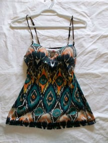 Multicolor top size xs/small like new only worn twice