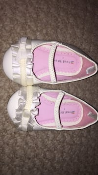 baby dress shoes  size 2 Frederick, 21703