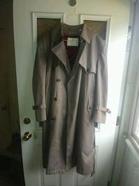 Towne From London Fog Trench Coat Catonsville, 21228