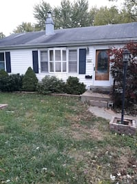 HOUSE For Rent 2BR 1BA 689 mi