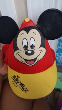 Brand new kids micky mouse hat from disney