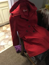 red and black button-up jacket 866 mi