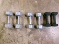 dumbbells 10, 15, 20lb with stand Toronto, M1P 2W4