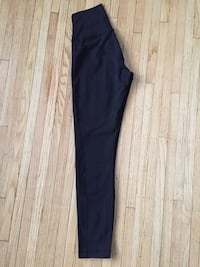 Lululemon size 2 leggings  Kitchener, N2B 1H1