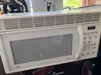 white General Electric microwave oven Colorado Springs, 80919