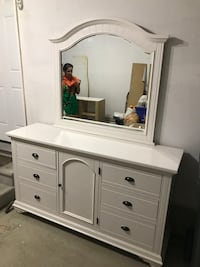 white wooden dresser with mirror Brampton, L6V 3E1