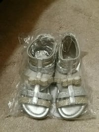 Brand new never worn size 7 kids/babies shoes Toronto, M1S 4E7