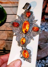 Rare Celtic Vintage Handcrafted Silver and Natural Amber Stone Pendant Woodbridge, 22192