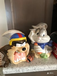 2 - Large Vintage Looney Tunes Taz & Bugs Bunny Cookie Jars - Excellent Condition. No Cracks Chips or Repairs - $30.00 each or Both for $45.00 Farmington Hills, 48336