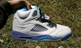 new n box size 10 cash only