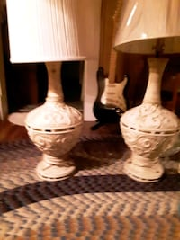 two beautiful heavy lamps Newport News, 23603