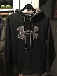 black and gray Under Armour pull-over hoodie London, N6J 3Z8