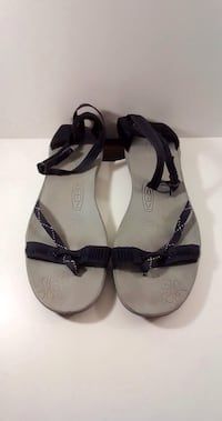 Black Summer Sandals: Size 7 Brampton, L7A
