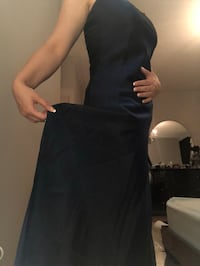 Gown , dark blue , Size small Vaughan, L6A 0V4